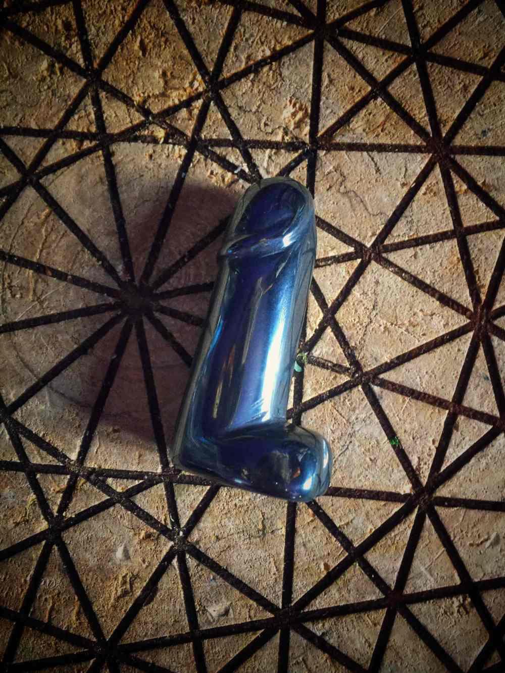 Penis Amulet Hematite Mini