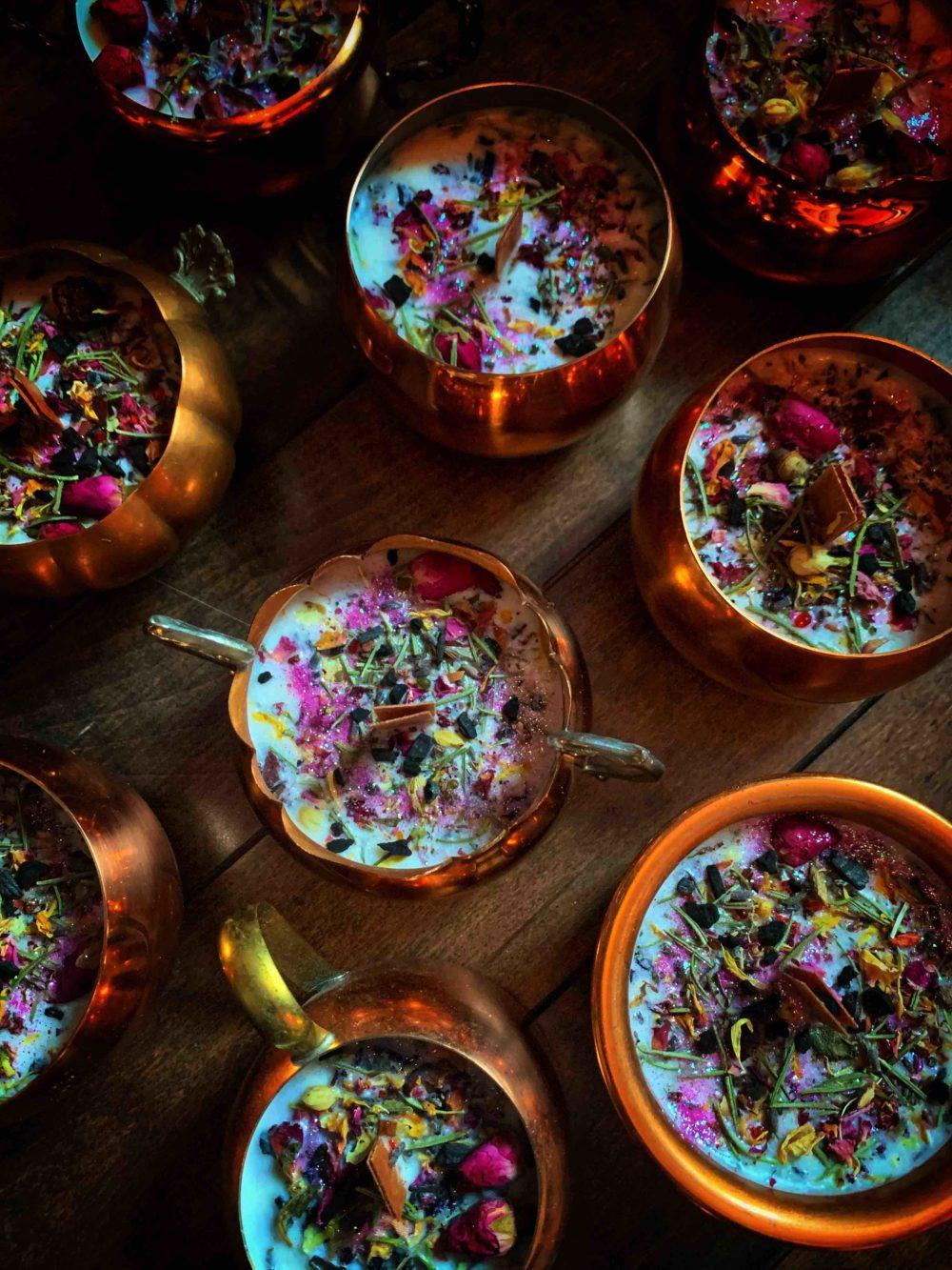 Vesnas Copper Cauldron Candle