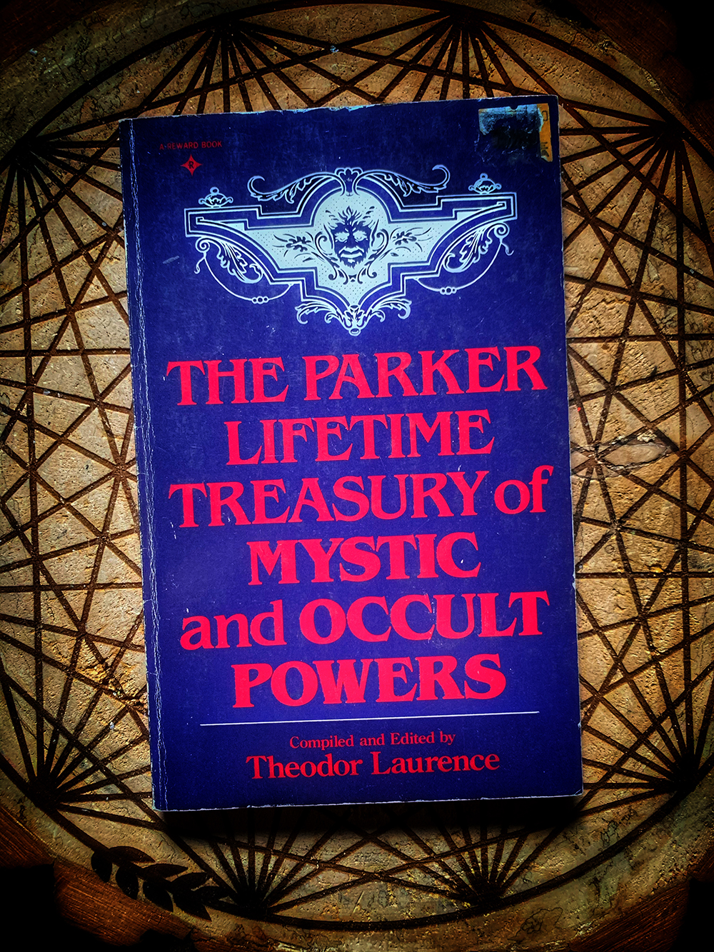 The Parker Lifetime Treasury of Mystic and Occult Powers