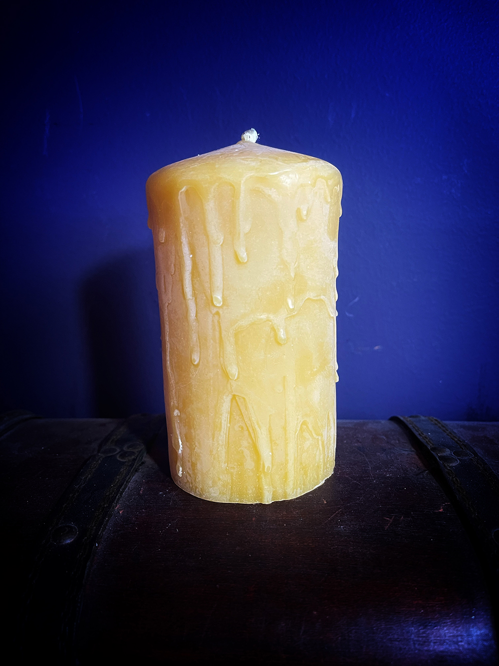Beeswax Drip Candle XL