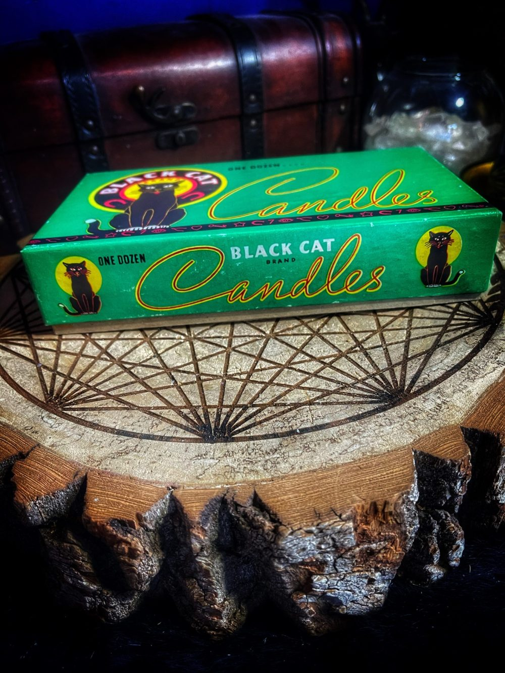 Candles Mix & Black Cat Box Vintage