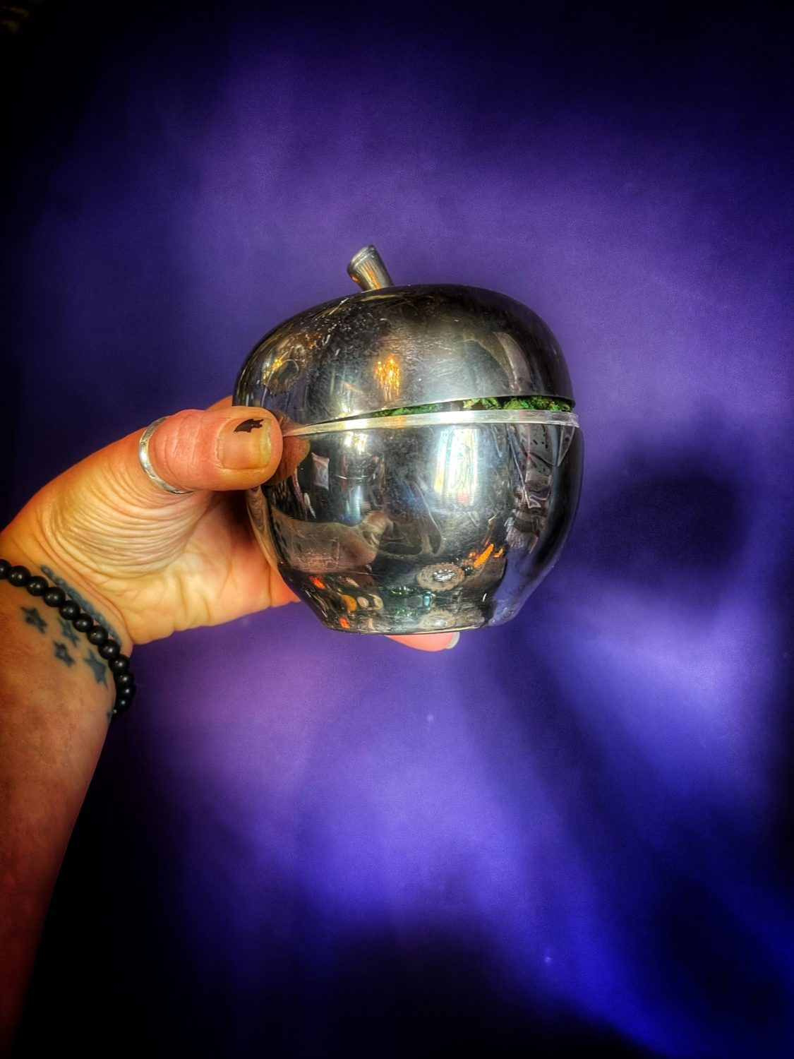 Eve's Apple Reliquary