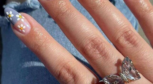 Get The Perfect Manicure Without Stepping Out With These Nail Trends