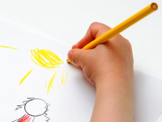 bambino_disegno