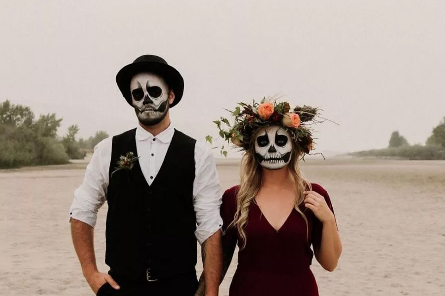 Lily houghton, the adventurous pair make for a fun and unique couple's costume for this … The 20 Best Couples Halloween Costume Ideas For 2021 Wonder Forest