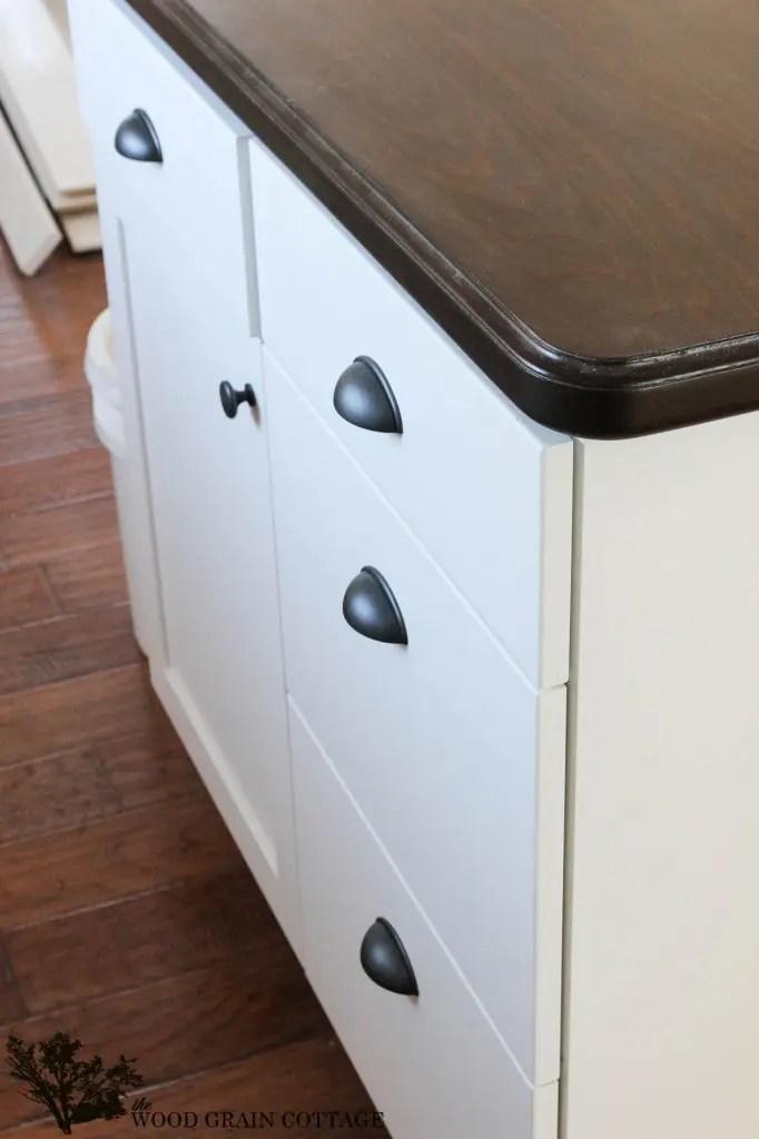 Fixer Upper Update Cabinet Hardware The Wood Grain Cottage