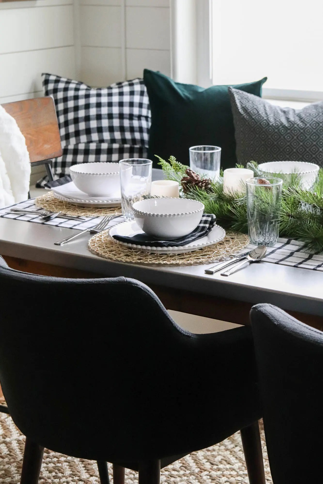 Christmas Table Setting In The Breakfast Nook The Wood