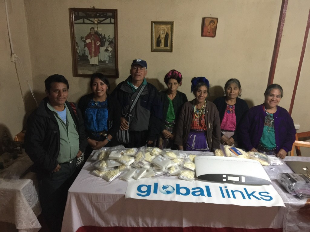 Community health care workers and midwives receive medical supplies from Global Links