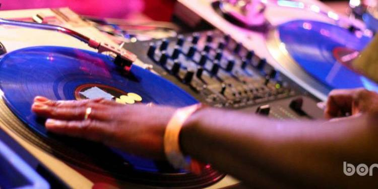 DJ KING JAMES