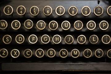 typewriters-thewordisbond