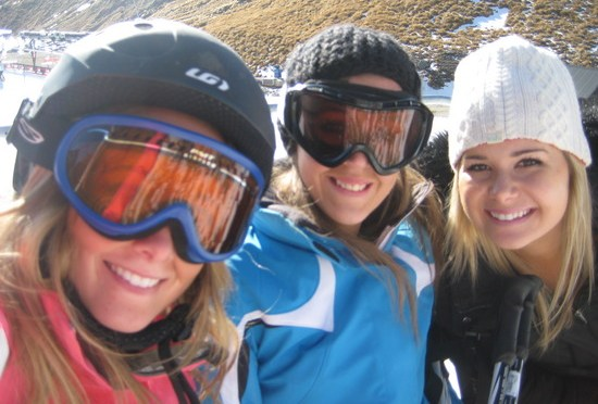 Hot ski bunnies! Let it snow already!