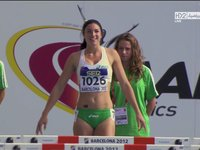 Michelle Jenneke wins the race!