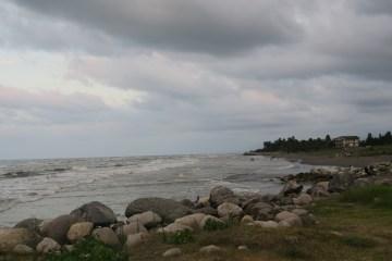 Strand am kaspischen Meer