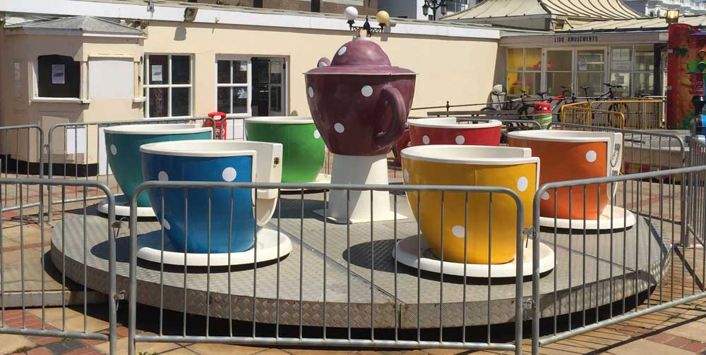Teacup Ride at The Lido