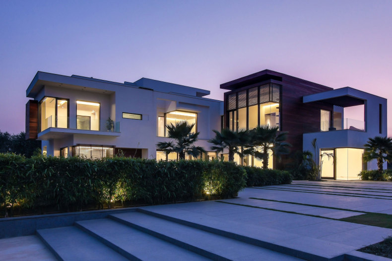 25 Amazing Modern glass house design on Modern Glass House Design  id=43346