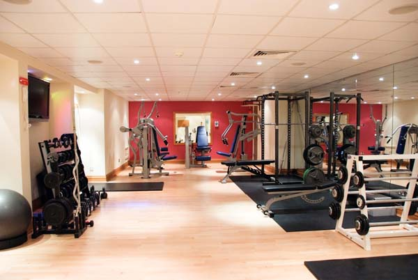 21 Amazing Private Gym Designs For Your Home