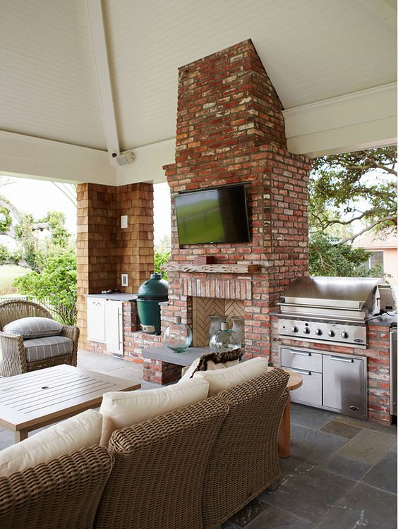 40 Beautiful Outdoor Kitchen Designs on Covered Outdoor Kitchen With Fireplace id=78831