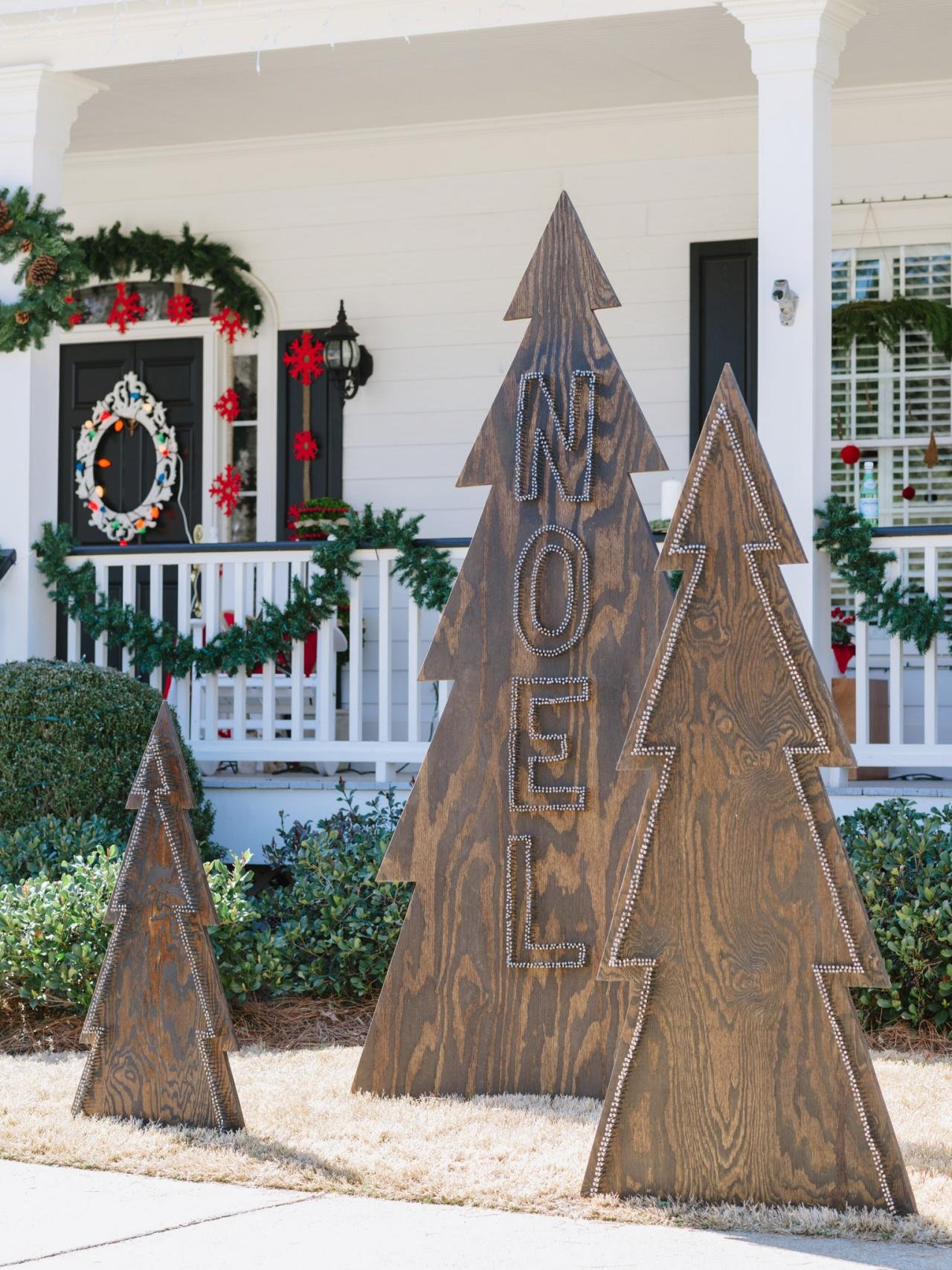 30 Best Outdoor Christmas Decorations Ideas on Lawn Decorating Ideas  id=15191