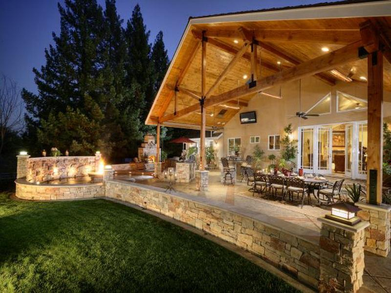 35 Outdoor Living Space For Your Home on Backyard Outdoor Living Spaces id=67124