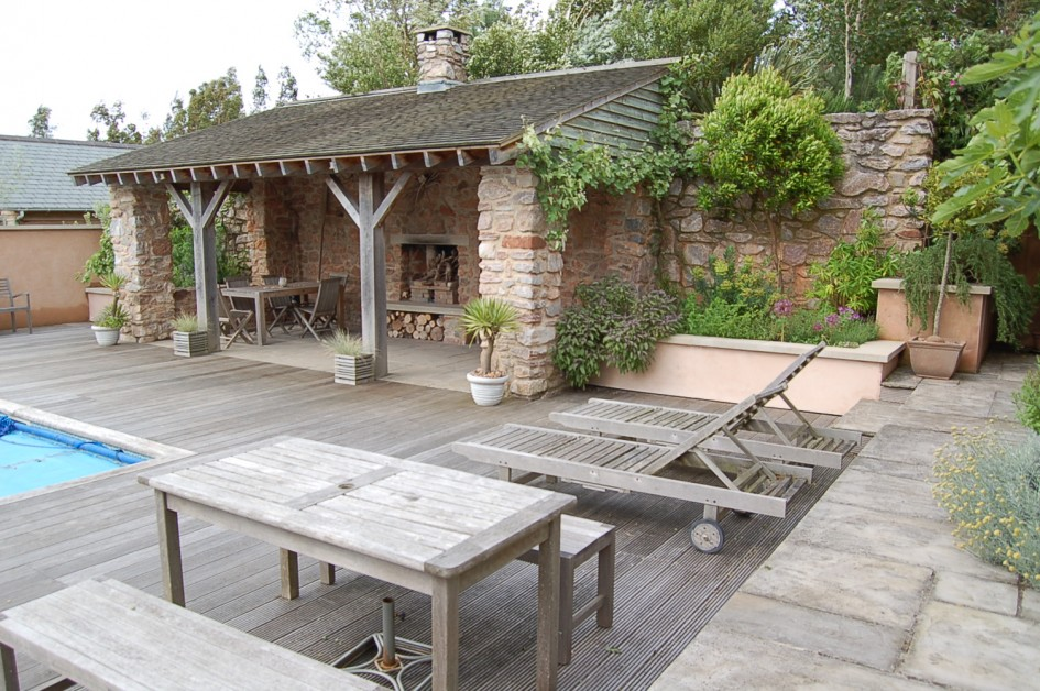 30 Rustic Outdoor Design For Your Home on Rustic Backyard Ideas id=95883
