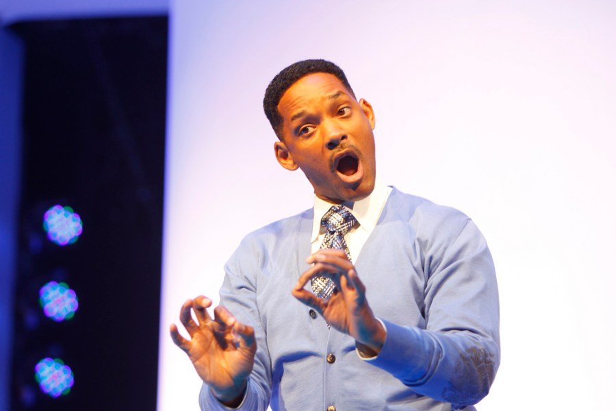Will+Smith+shows+off+his+naturally+charismatic+nature+as+he+speaks+at+the+2011+Walmart+Shareholders+Meeting.