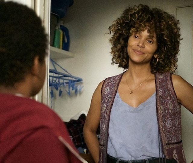 Kings Film Review Halle Berry Drama Gives A Female Perspective To La Riots