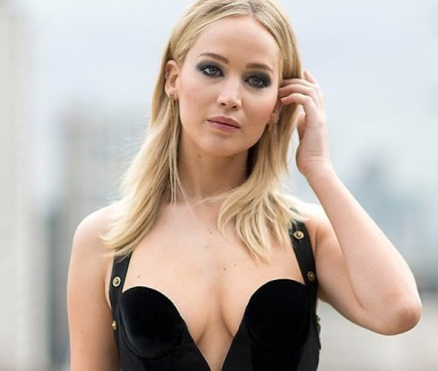 Jennifer Lawrence On Why She Bared All For Red Sparrow After Nude Photo Hack I Felt Empowered