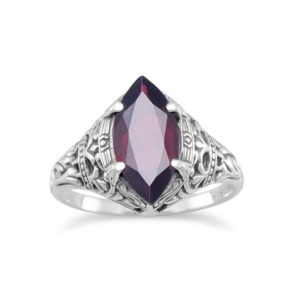Ladies Garnet Ring