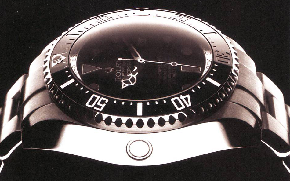 Rolex Oyster Perpetual Sea Dweller sideview