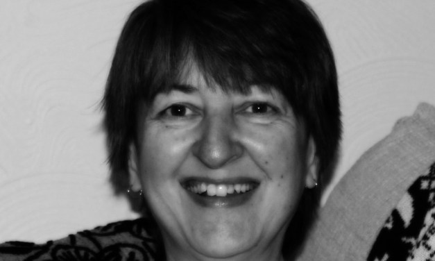 Author Interview: Stephanie Ellis