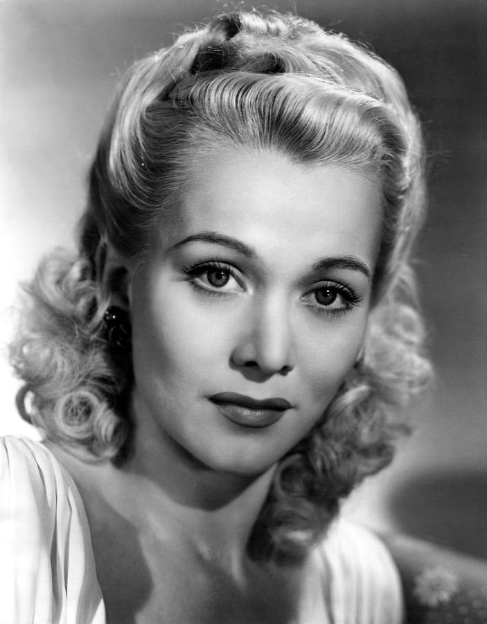 1940s Hairstyles For Womens To Try Once In Lifetime The