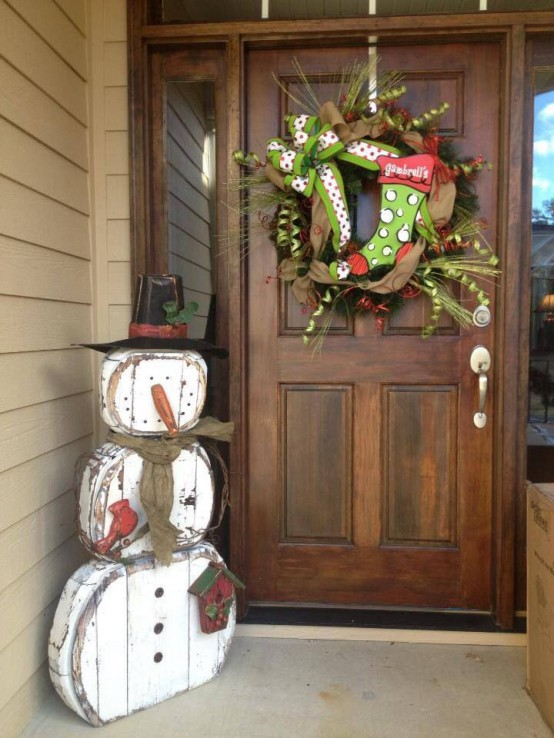 Snowman Decorations Ideas For Christmas Homes   The Xerxes Outdoor Snowman Decorations Ideas