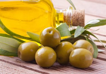 Benefits of Olive Oil on the Candida Diet