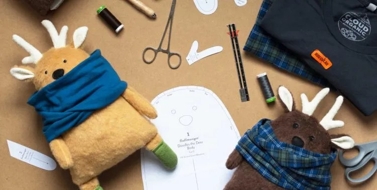 DIY Gifts for kids. Christmas gift ideas for kids, DIY stuffed Deer tutorial