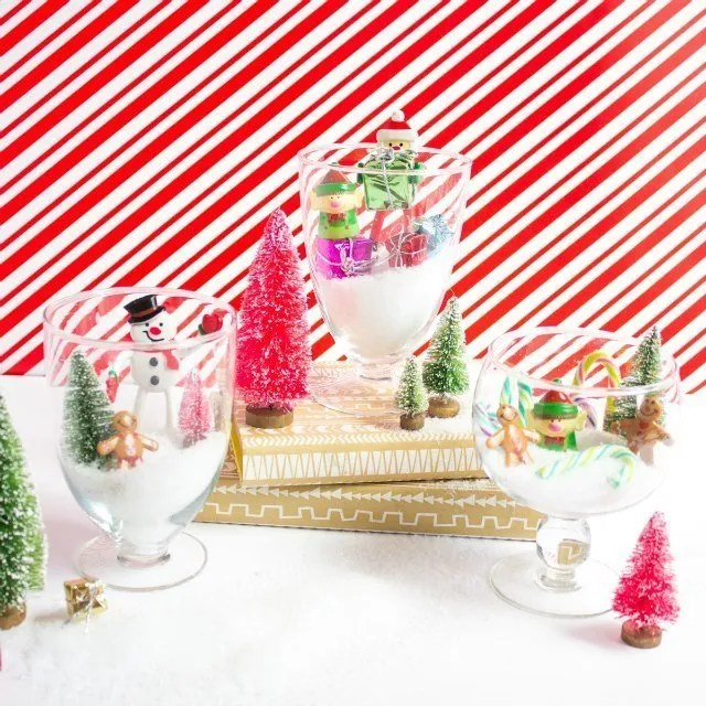 such a cute way to decorate for Christmas!