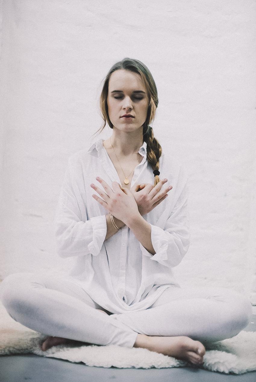 Anna-Lena Zimmermann Guest Affair Gastautorin Berlin Kundalini Yoga Yogalehrerin Guide