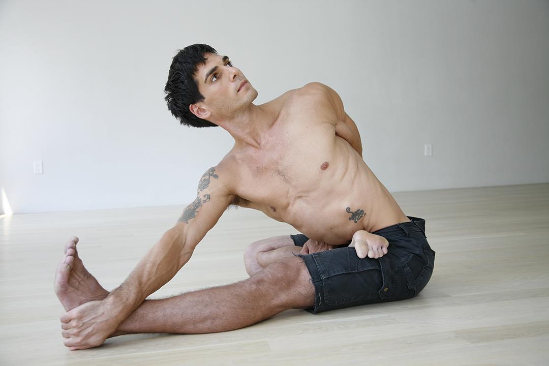 David Regelin Yogisi Zurich intensive training
