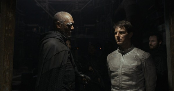 Morgan Freeman and Tom Cruise (aka two of the richest actors in Hollywood) face-off in Oblivion