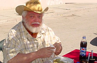 Rolly Brook blogged about life in Mexico with useful, accurate information (Photo: Mexico Daily News)