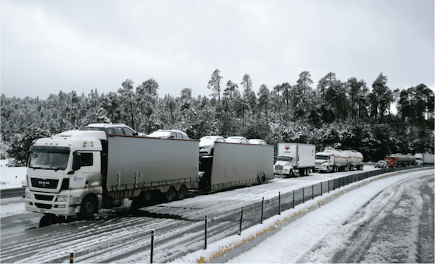 Freeway reopened after 9-hour closure (photo: Mexico Daily News)