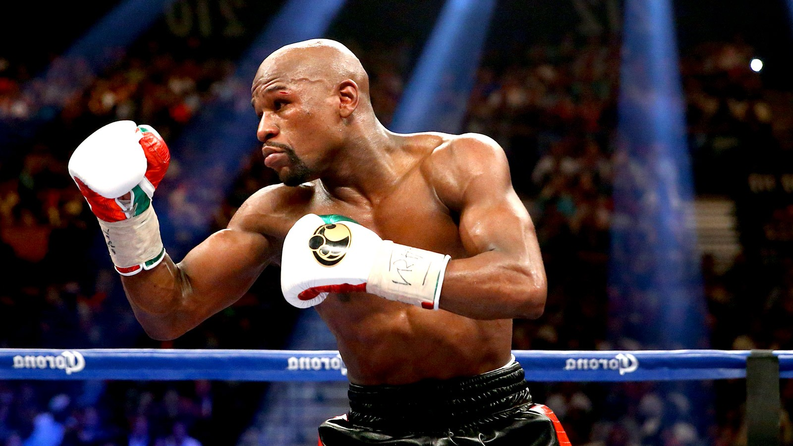 Floyd Mayweather has finally responded to Amir Khan's questionable Twitter call out