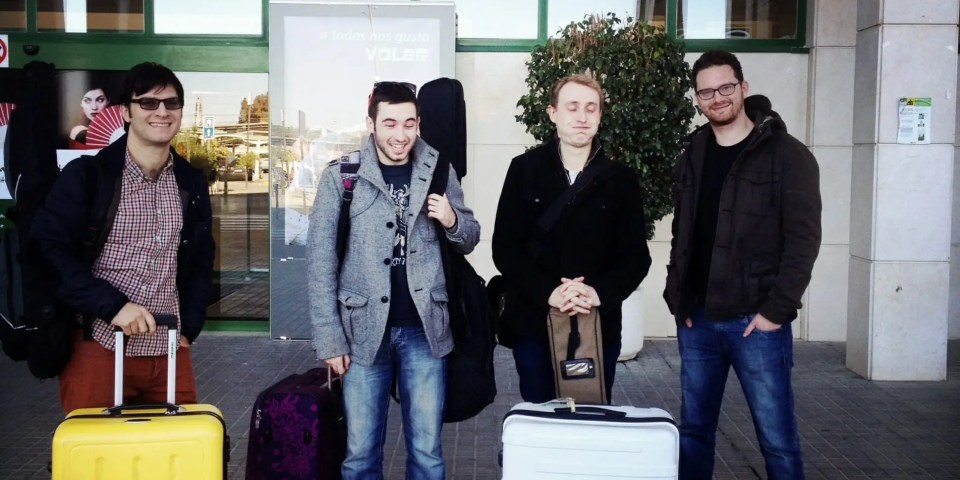 The Zoots catch a plane