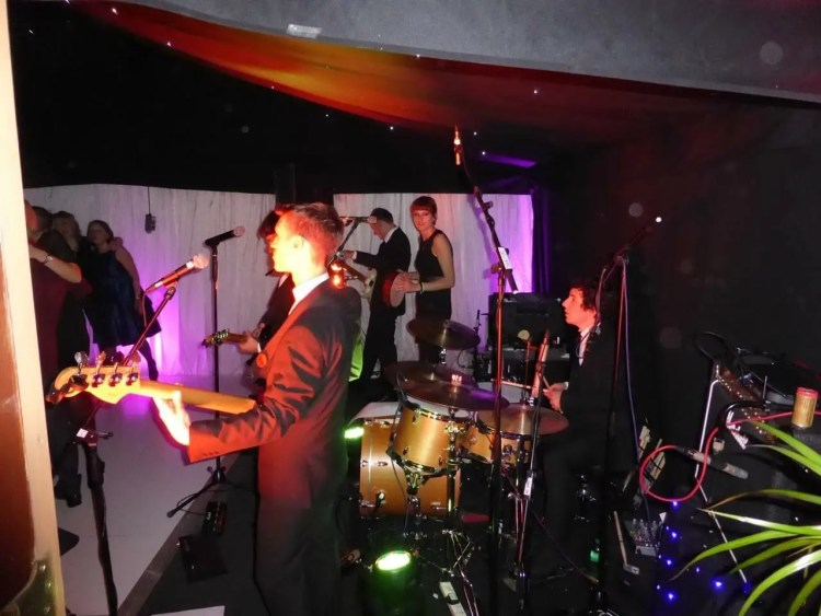 The Zoots party band, band for 50th birthday, band for hire in Hertfordshire, band for hire in little hadham, Wedding band in Little Hadham, Party band in south west