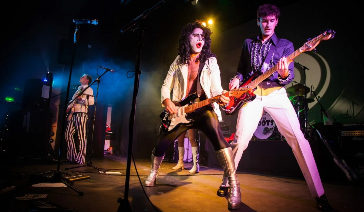 Sounds of the 70s, 70s tribute band, 70s party band