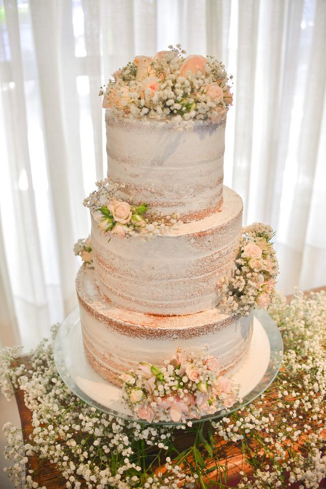 mini-wedding-thais-e-leandro-em-casa-de-moa-4