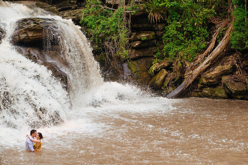 e-session-ensaio-de-casal-em-parque-das-cachoeiras-em-guaramiranga-17