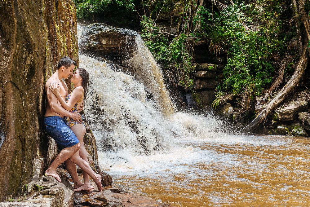 e-session-ensaio-de-casal-em-parque-das-cachoeiras-em-guaramiranga-21
