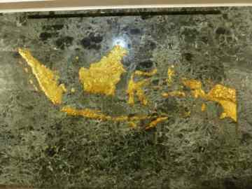 Carte de l'Indonésie dans la salle de l'indépendance dans le monument national