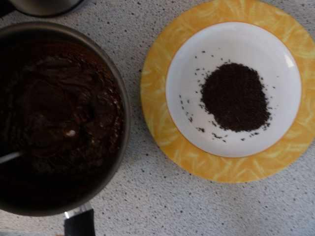 Brigadeiros et vermicelles de chocolat