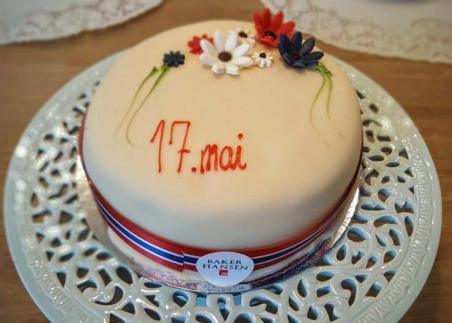 Syttende Mai kake